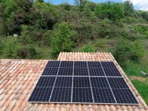 Instal·lació Fotovoltaica a Sant Aniol de Finestres (Girona)