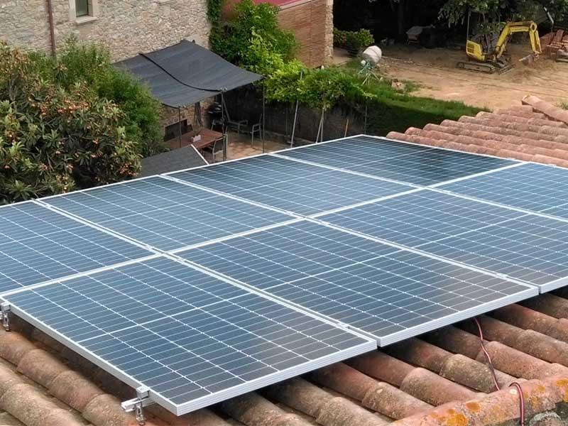 Instalación solar fotovoltaica en Sant Jordi Desvalls