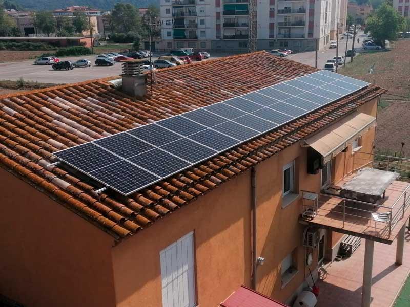 ENERGIA SOLAR FOTOVOLTAICA A SARRIA DE TER - GIRONA